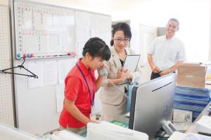 志學館大学での職場体験では、志賀さんも直接子どもたちと関わりました