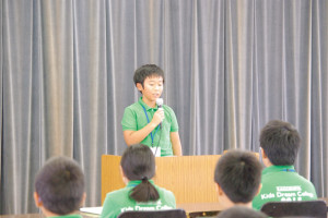 学生を代表して、小西啓人くんが講座を振り返り、将来の目標を話しました